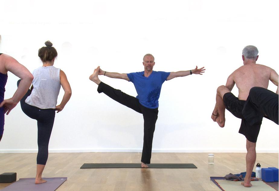 Yogagloimageweb2a